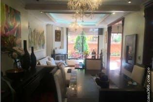 Casa en venta en Cedritos, 167mt de cuatro niveles