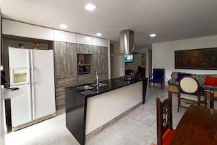 Apartamento en venta en Laureles con Balcón...
