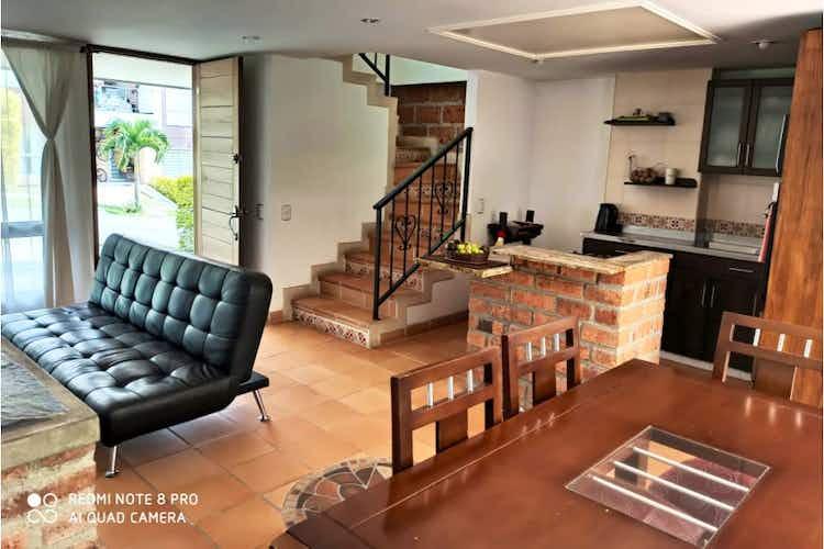 Portada Casa en venta en Parque, La Estrella - 181mt de tres niveles