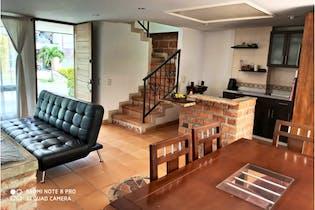 Casa en venta en Parque, La Estrella - 181mt de tres niveles