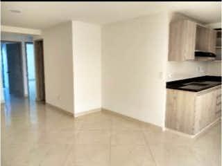 Una foto en blanco y negro de una cocina en Apartamento en venta en Rosales, 90mt con balcon