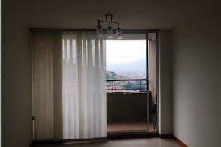 Apartamento en venta en Loma Los Bernal de 3 habitaciones