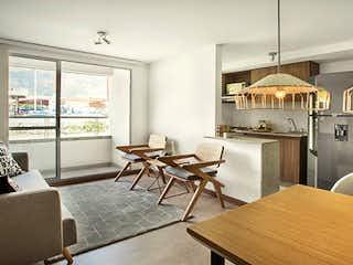 Una cocina con una mesa y sillas en Apartamento en venta en Santa Ana de  3 habitaciones