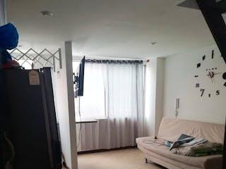 Un cuarto de baño con un lavabo y un inodoro en Apartamento en venta en Barrio Buenos Aires de una habitacion