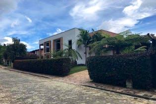 Casa en venta en Casco Urbano El Retiro de 4 hab.