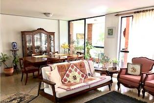 Se Vende Apartamento en la Milla de oro Loma de los Balsos