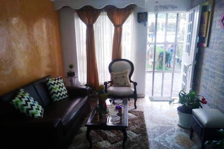 Portada Casa en venta en Sabana de Tibabuyes de 120mts, tres niveles