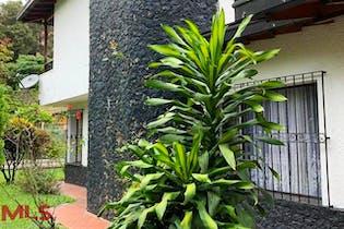 Casa en venta en Bosques De Zuñiga de 560m²