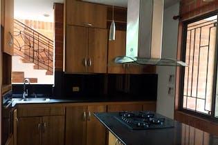 Casa en venta en Sabaneta con acceso a Gimnasio