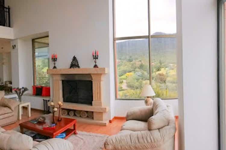 Portada Casa en venta en Yerbabuena de  4 habitaciones