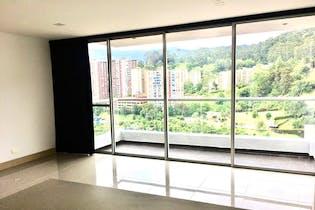 Apartamento en venta en La Loma Del Indio de 3 alcobas