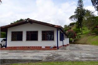 Finca en venta en Medellín de 3 alcobas
