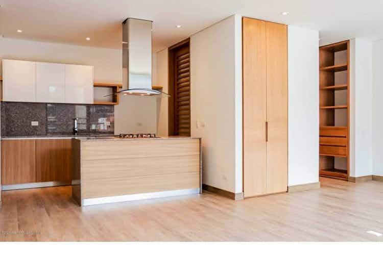 Portada Apartamento en venta en Chicó Reservado, 74mt con balcon