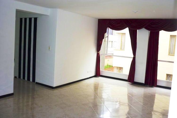 Foto 1 de Apartamento En Bogota - Cedritos, cuenta con dos habitaciones