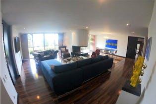 Apartamento en venta en El Refugio de 235m² con Jardín...