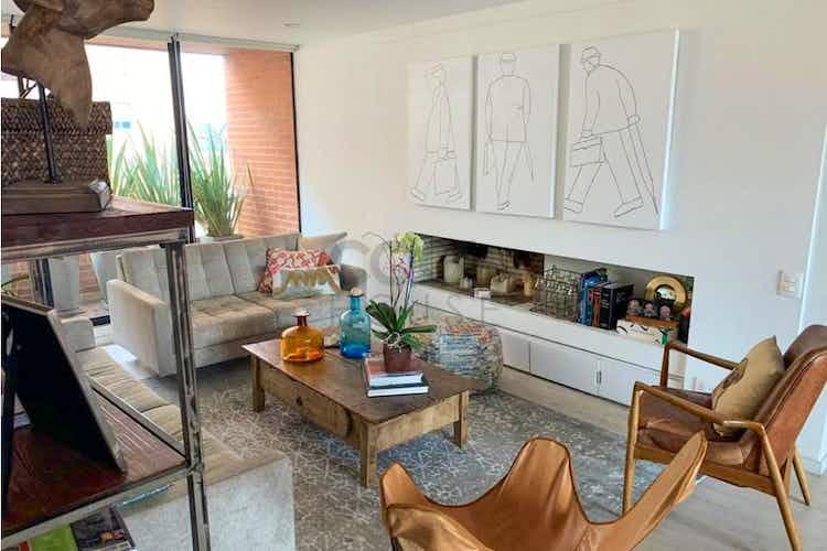 Portada Apartamento en venta en Santa Ana Occidental de tres habitaciones