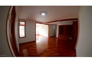 Apartamento en venta en Colina Campestre con acceso a Gimnasio