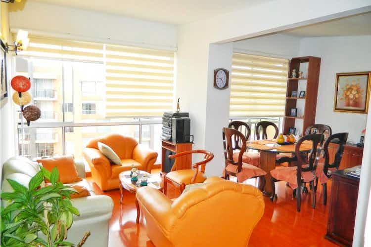 Portada Apartamento en venta en Madrid de tres habitaciones
