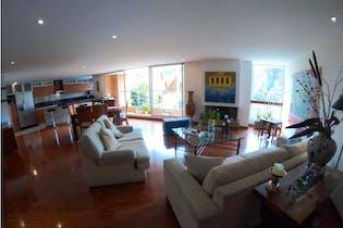 Apartamento en venta en Bosque De Pinos con acceso a Balcón