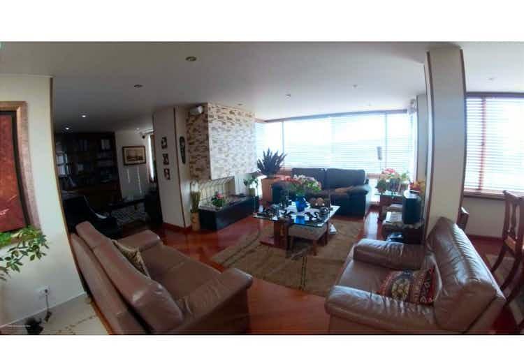 Portada Apartamento en venta en Barrio Niza de 3 habitaciones