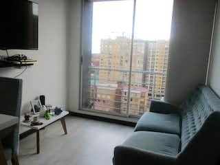 Una sala de estar llena de muebles y una ventana en Apartamento en venta en Villemar de 59m2
