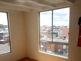 La vista de la vista desde la ventana de la casa en Apartamento en venta en El Encanto de tres habitaciones