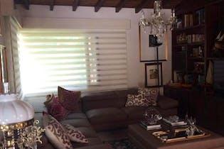Casa en venta en Loma De Benedictinos con Piscina...