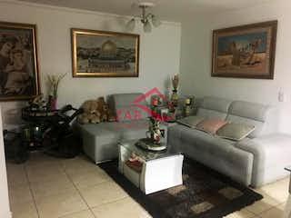 Una sala de estar llena de muebles y un sofá en Arboleda del Rodeo