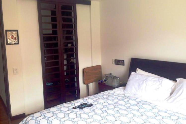 Foto 6 de Apartamento En Bogota Chico Navarra-2 alcobas-chimenea
