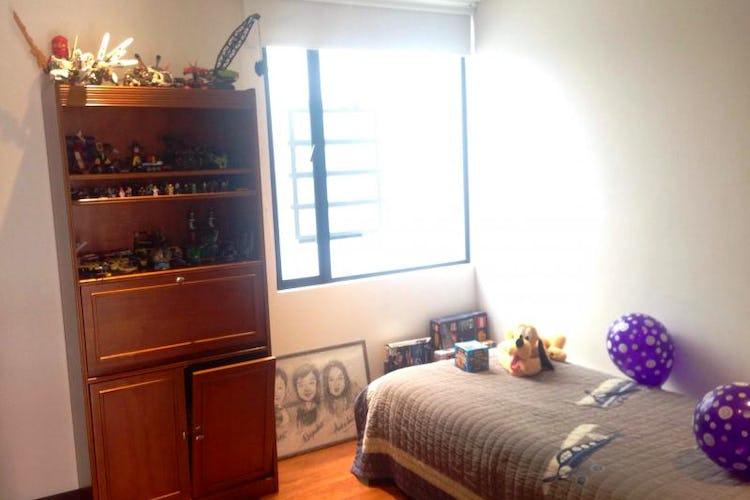 Foto 9 de Apartamento En Bogota Chico Navarra-2 alcobas-chimenea