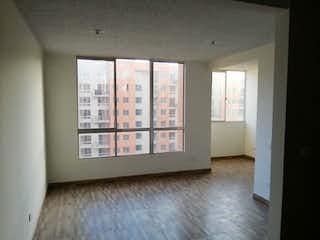 Una vista de una sala de estar con una ventana en Parque Centra Tintal 3
