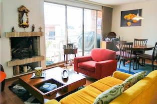 Apartamento en venta en Colina Campestre, 104mt con balcon