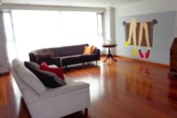 Portada Apartamento en venta en Rosales  de 3 habtiaciones
