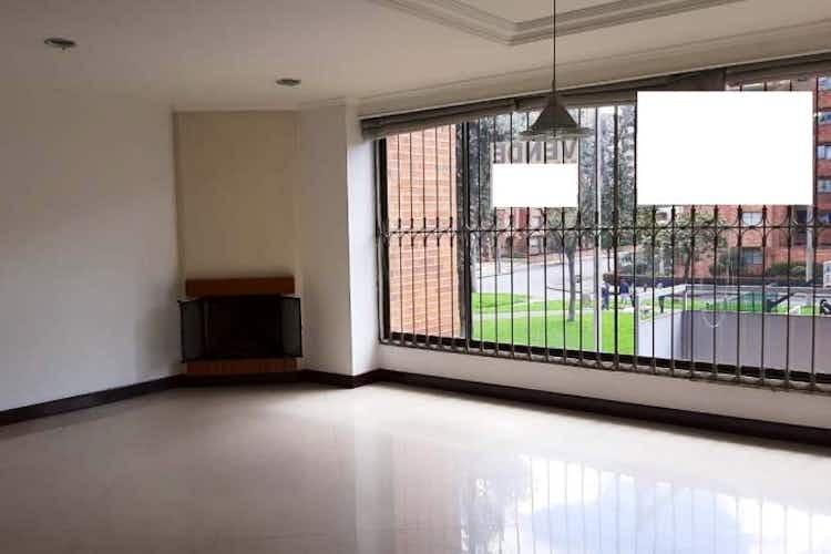 Portada Apartamento en venta en Ciudad Salitre Oriental de tres alcobas