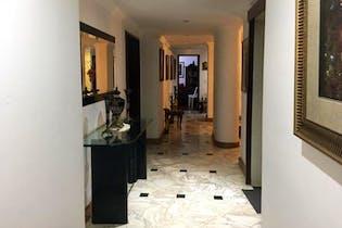 Apartamento en venta en La Carolina de 3 hab. con Bbq...