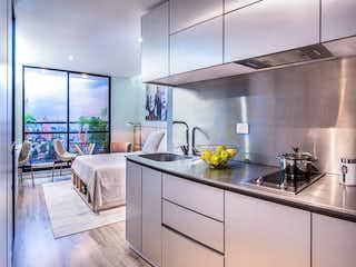Una cocina con un fregadero y un horno de cocina en Urban