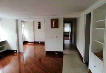 99486 - Venta apartamento - Exterior - , Excelente ubicación - Cerca a vías principales.