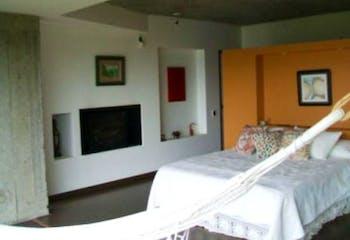 Casa en venta en Barrio Torca, de 320mtrs2 con balcón