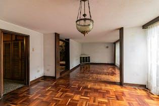 Casa en venta en La Castellana de 6 hab.