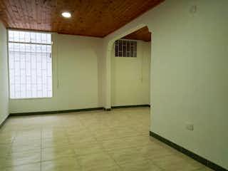 Un cuarto de baño con un inodoro y un lavabo en Apartamento en venta en Almendros, de 48mtrs2