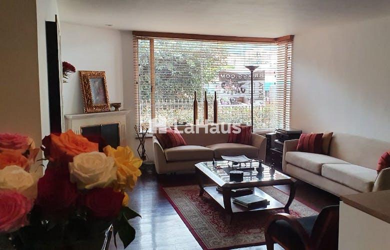 Portada Apartamento con Chimenea en Santa Barbara de 194m2