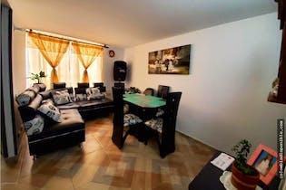 Apartamento en venta en Pinos De Lombardia de 2 hab. con Gimnasio...