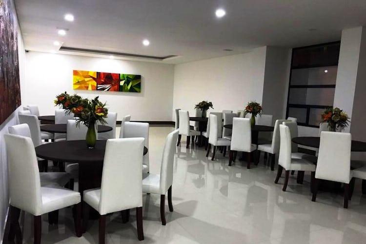 Foto 12 de Apartamento en venta En Bogota Santa Barbara Occidental