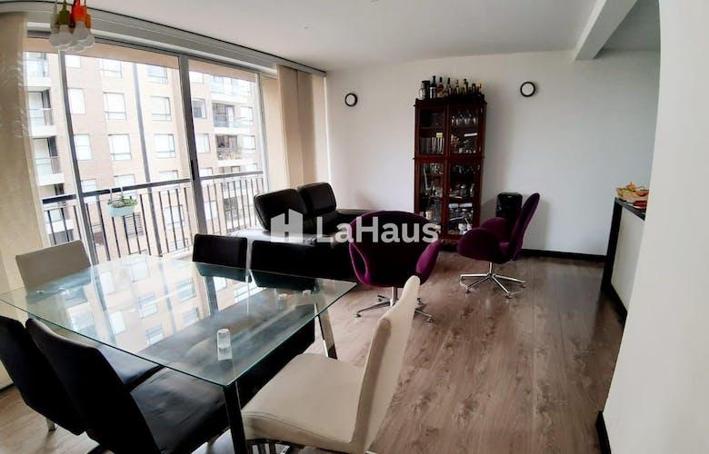 Portada Apartamento con balcón en Colina Campestre de 87m2
