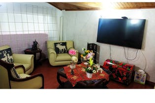 Casa en venta en Engativá de 128m²