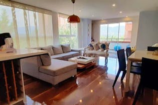 Apartamento en venta en La Aguacatala 120m² con Balcón...