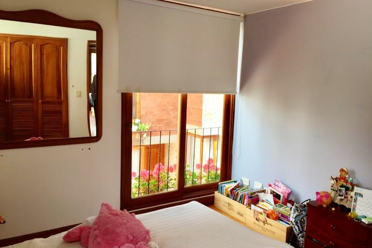 Foto 9 de Casa En Venta En Bogota Bosque De Pinos, con dos garajes Independientes y depósito.