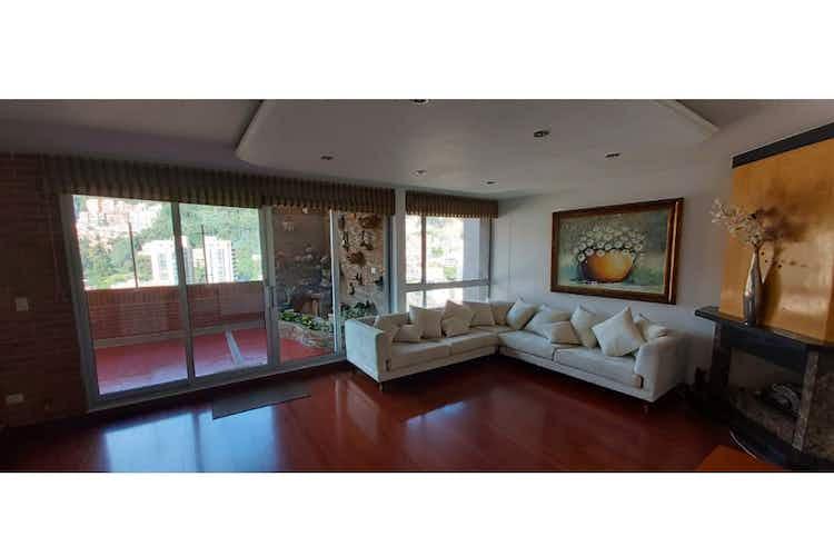 Portada Apartamento en venta en Bella Suiza, 179mt duplex