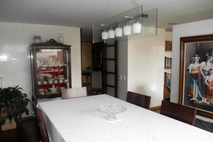 Foto 3 de Apartamento en Bogota Rosales - dúplex, con tres alcobas