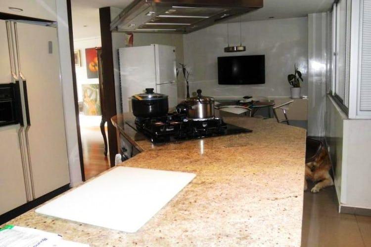 Foto 8 de Apartamento en Bogota Rosales - dúplex, con tres alcobas